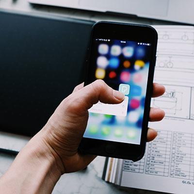 ¿Qué debemos hacer antes de instalar un nuevo software en nuestros dispositivos?